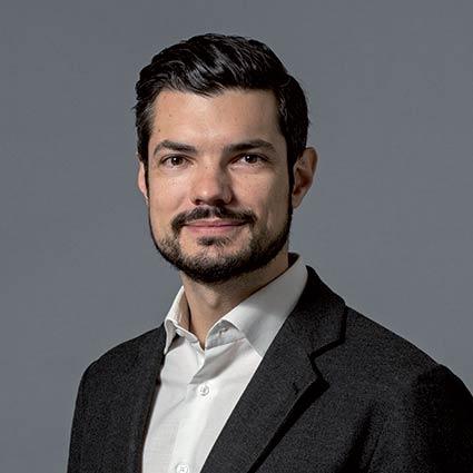Nicolas Iordanov, iXO PE